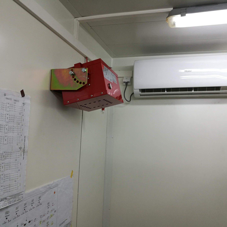 Realizacje FPI - Montaż systemu gaszenia aerozolowego w kontenerze trakcyjnym